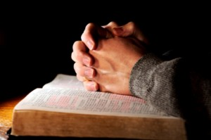 praying_hands_bible_070509